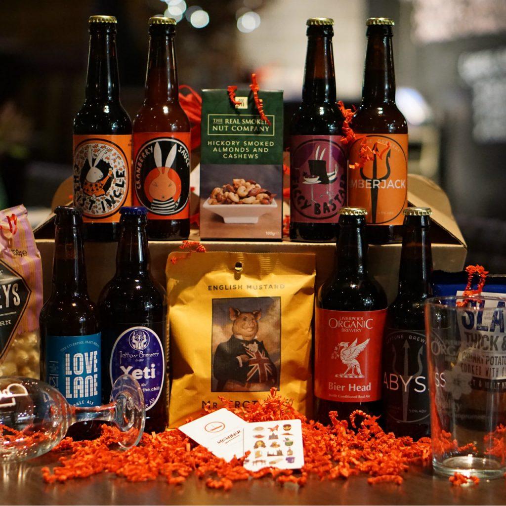ind-liverpool-beer-hamper__87031-1481063872-1280-1280