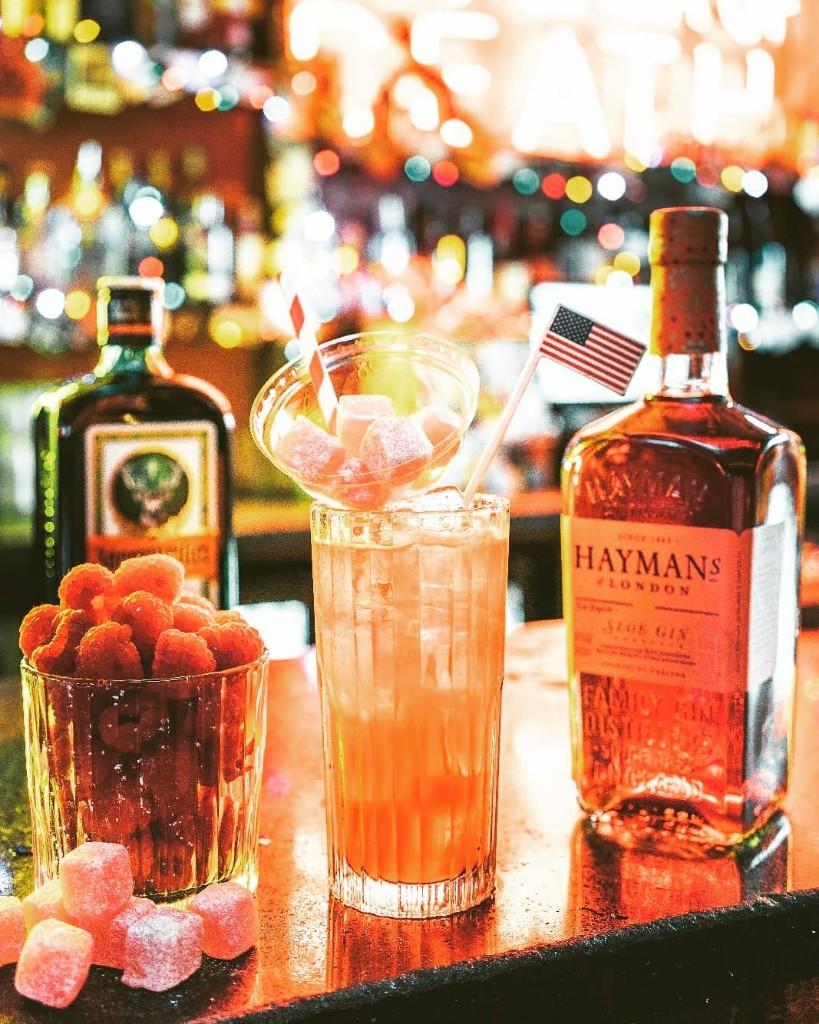 7ac1f613f067b Classic cocktails sit alongside Motel's modern twists and we can't help but  go for the Rhubarb & Custard; rhubarb gin, rhubarb syrup, lemon and cream  soda.